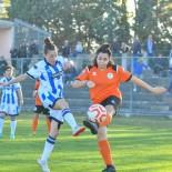 F50ree-Girl-Pescara-Calcio-femminile