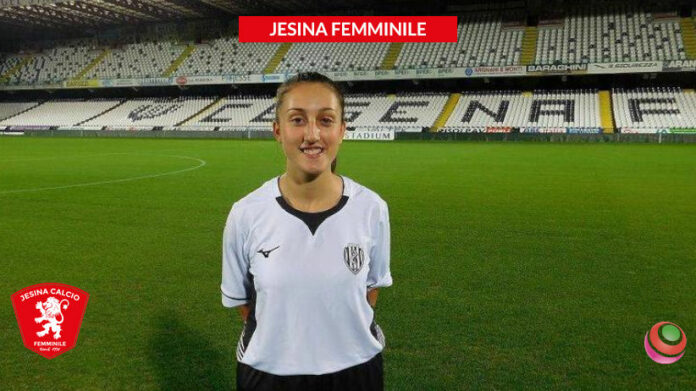 jesina-femminile-gallina-vittoria